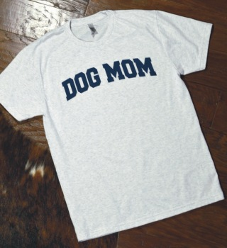 Dog Mom Collegiate Print Shirt (DO-DOGMOMSHIRT)